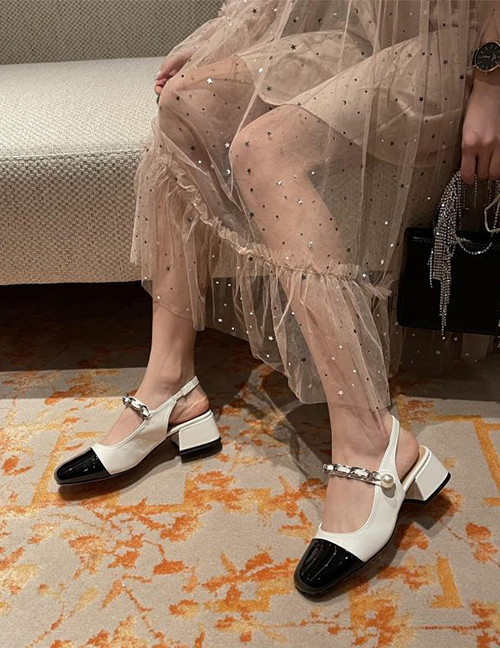 Fashion White Block Color Block Heel Pearl Shoes