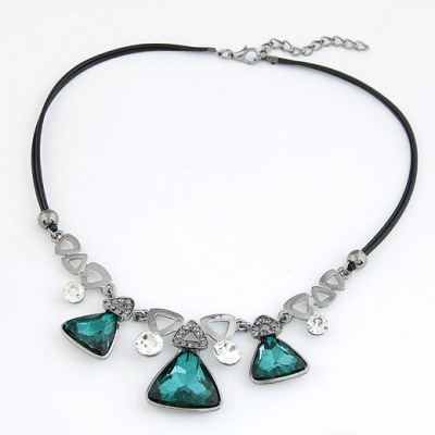 Famale Green Triangle Shape Gemstone Decorated Design Alloy Bib Necklaces