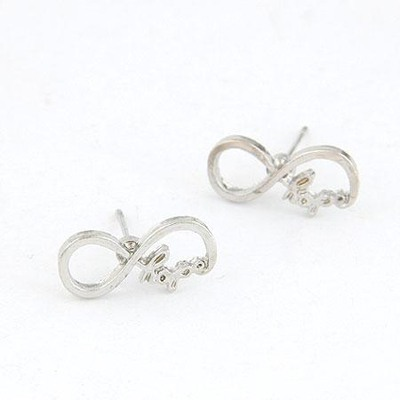 Minted Silver Color Vintage Lucky Digital 8 Design(Letters Will Be Random) Alloy Stud Earrings