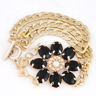 Polaris Black Lucky Flower Decorated Multilayer Metal Chain Design Alloy Korean Fashion Bracelet