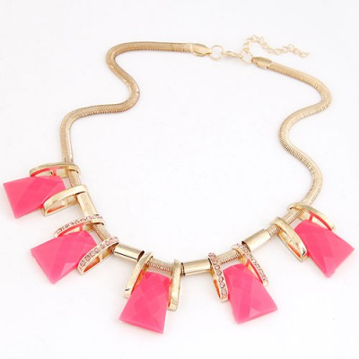 Hiking Purplish Red Trapezoidal Gemstone Decorated Design Alloy Bib Necklaces