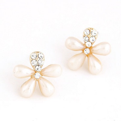 Exquisite Pink Five Petal Flower Shape Design Alloy Stud Earrings