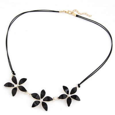 Designs Black Three Flowers Decorated Design Alloy Bib Necklaces