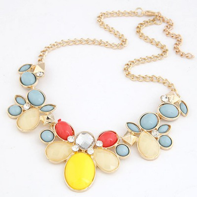 Unique Multicolor gemstone flower Decorated Alloy Bib Necklaces