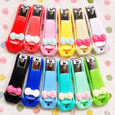 Autism Color Will Be Random Candy Bowknot Decorated Nail Clipper Plastic Beauty tools
