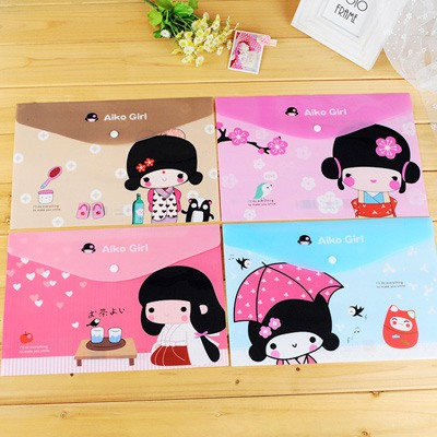 Piercing Color Will Be Random Cartoon Girl Pattern Design PVC Pencil Case Paper Bags