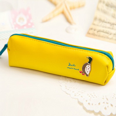 Engraved Yellow Forest Fairy Tale Style Non-Woven Fabric Pencil Case Paper Bags