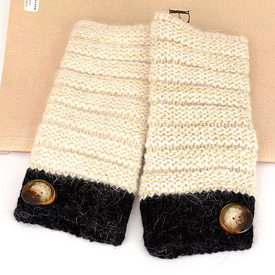 Gorgeous Beige Fingerless Button Design Knitting Wool Fashion Gloves
