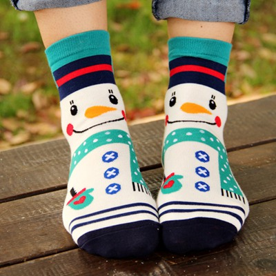 Milly White Snowman Pattern Design Cotton Fashion Socks