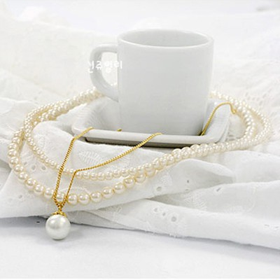 Pantsuit White Multilayer Pearl Design Alloy Beaded Necklaces