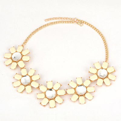 Lightning White Five Flower Design Alloy Bib Necklaces