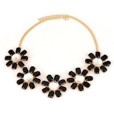 Promise Black Five Flower Design Alloy Bib Necklaces