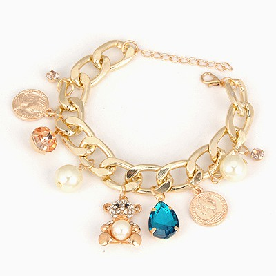 Peridot Gold Color Multielement Pendant Decorated Design Alloy Korean Fashion Bracelet