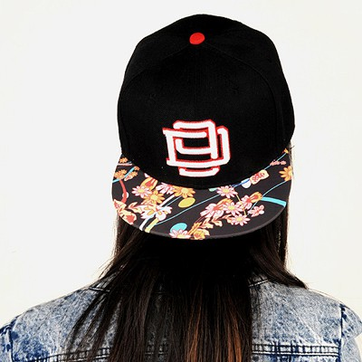 Aluminium Black Embroidery Flower Design Canvas Baseball Caps