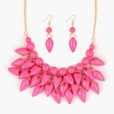 Quicksilve Plum Red Pepper Shape Tassels Design Alloy Jewelry Sets