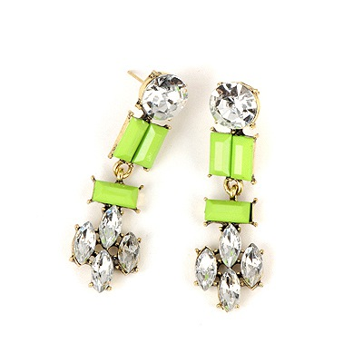 Active Green Geometric Shape Pendant Design Alloy Stud Earrings