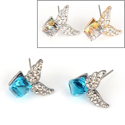 Varsity Color Will Be Random Wing Shape Crystal Design Alloy Stud Earrings