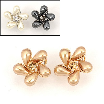 Korean Color Will Be Random Flower Shape Design Alloy Stud Earrings