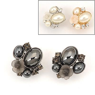 Preppy Color Will Be Random Flower Pearl Design Alloy Stud Earrings