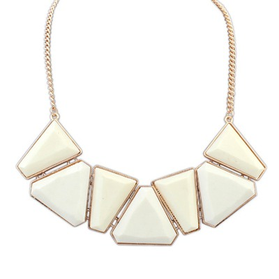 Packaging Beige Geometric Shape Gemstone Decorated Alloy Bib Necklaces