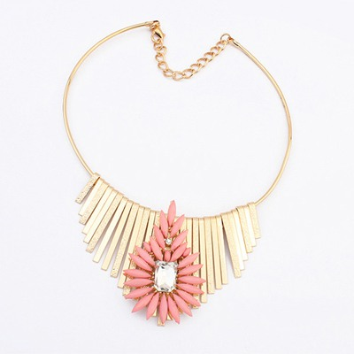 Alternativ Pink Metal Tassel Flower Decorated Design Alloy Bib Necklaces