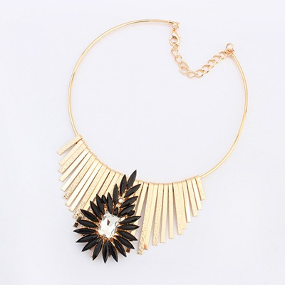 Synthetic Black Metal Tassel Flower Decorated Design Alloy Bib Necklaces