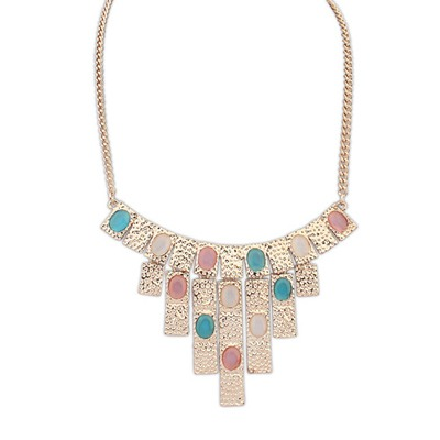 Uniform Multicolor Vintage Geometric Shape Pendant Design Alloy Bib Necklaces