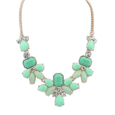 Direct Light Green Sweet Gemstone Decorated Design Alloy Bib Necklaces