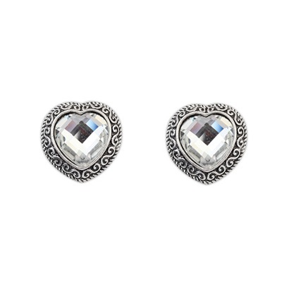Funny White Heart Shape Gemstone Design