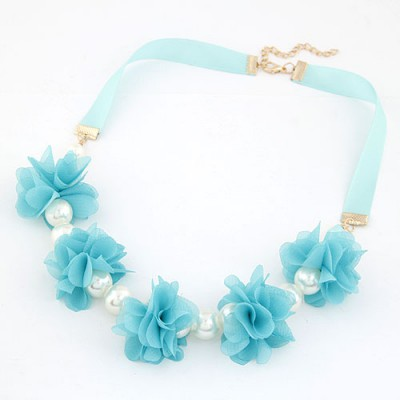 Boxed Blue Sweet Flower Pearl Decorated Pearl Bib Necklaces