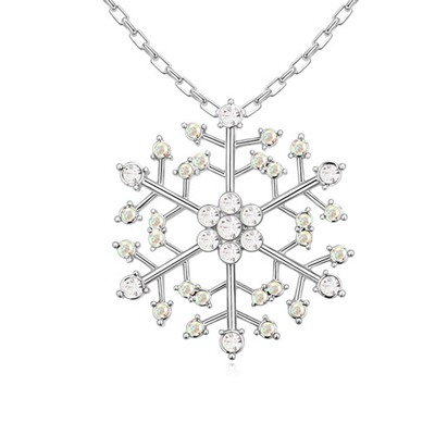 Scrabble White Hollow Out Snowflake Pendant Austrian Crystal Crystal Necklaces