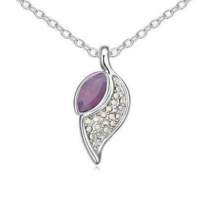 Circle Purplish Red Leaf Shape Pendant Design Austrian Crystal Crystal Necklaces