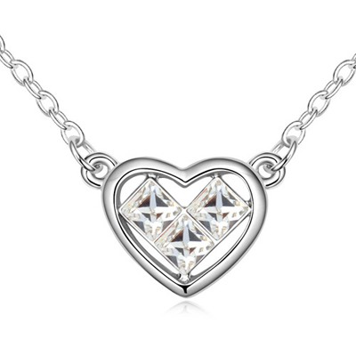Charming White Heart Shape Pendant Design Austrian Crystal Crystal Necklaces