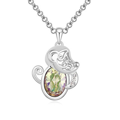 Jogging Luminous Green Little Monkey Pendant Design Austrian Crystal Crystal Necklaces