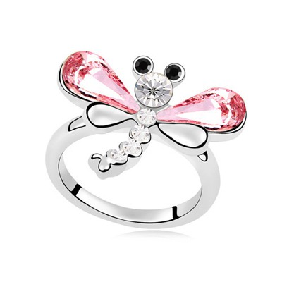 Elegant Light Plum Red Flying Dragonfly Decorated Design Austrian Crystal Crystal Rings