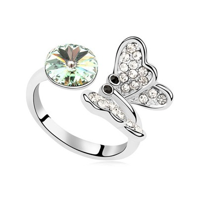Online Chrysolite Full Of Diamond Butterfly Decorated Austrian Crystal Crystal Rings