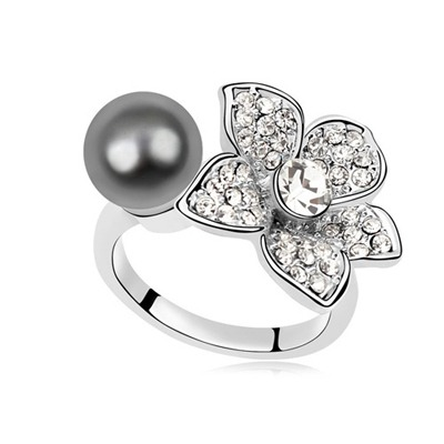 Wrap Dark Gray Pearl Flower Decorated Design Pearl Crystal Rings