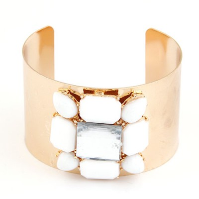 Alternativ Gold Color Gemstone Decorated Smooth Surface Open Design Alloy Fashion Bangles
