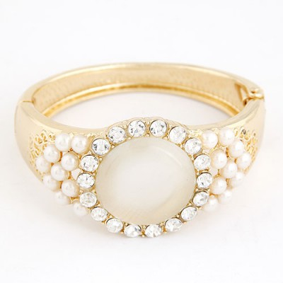 Equestrian Beige Big Opal Decorated Alloy Fashion Bangles