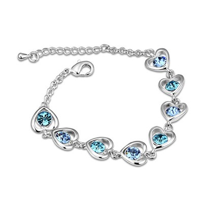 Estate Ocean Blue Heart Linked To Heart Design Austrian Crystal Crystal Bracelets