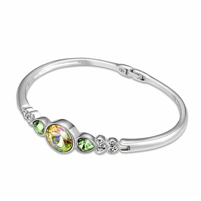 Genuine Luminous Green Six Small Heart Shape Gemstone Decorated Austrian Crystal Crystal Bracelets