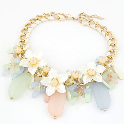 Carters Beige Jelly Color Bead And Flower Decorated Alloy Bib Necklaces