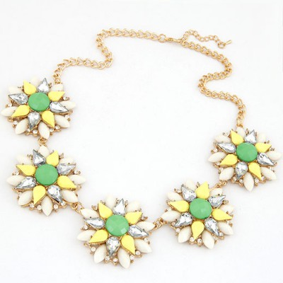 High Quali Multicolor Multilayer Petals Five Flowers Decorated Alloy Bib Necklaces