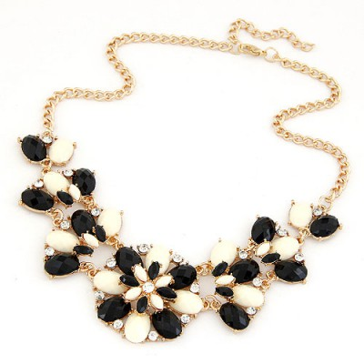 Real Black And White Metal Inlaid Gemstone Flower Design Alloy Bib Necklaces