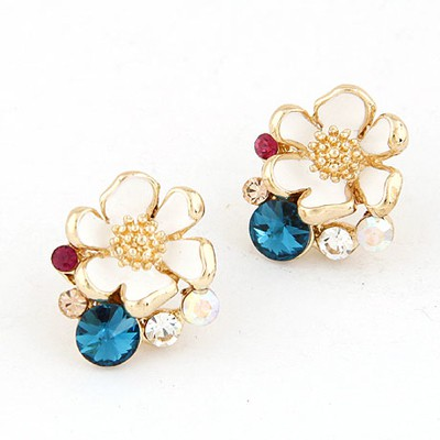 Claddagh Blue Sparkly Flower Shape Design Alloy Stud Earrings