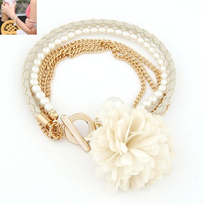 Stronglite White Multilayer Petals Flower Decorated Alloy Korean Fashion Bracelet