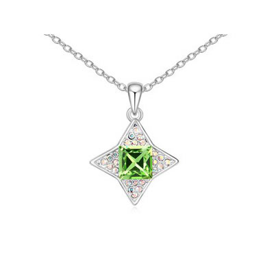 Puppy Olive sparkly four-pointed star pendant Austrian Crystal Crystal Necklaces