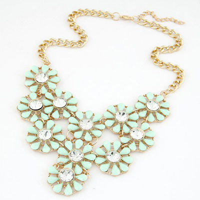 Seamless Light Green Hollow Out Multilayer Sunflower Design Alloy Bib Necklaces