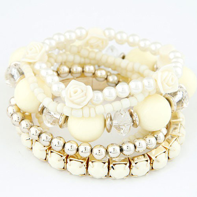 Wholesale Beige Flower Pearl Decorated Multilayer Elastic Design Rosin Korean Fashion Bracelet