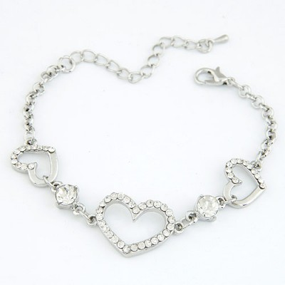 Little Silver Color Inlaid Drill Heart Shape Decorated Alloy Korean Fashion Bracelet